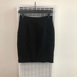 H&M | Pencil Black Skirt